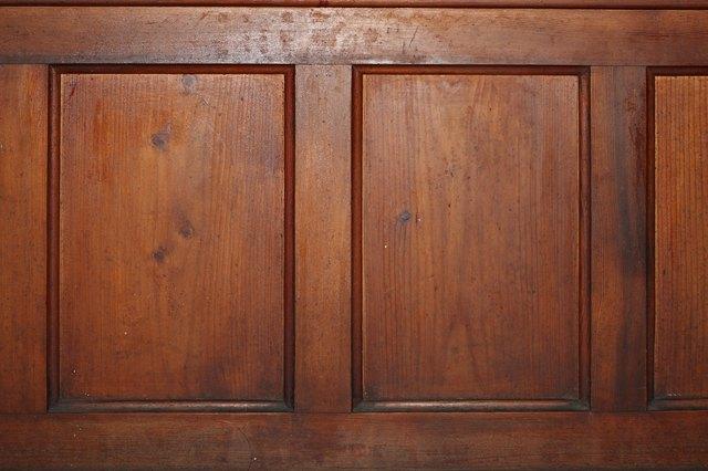 Difference Between Mahogany Amp Oak Wood Hunker