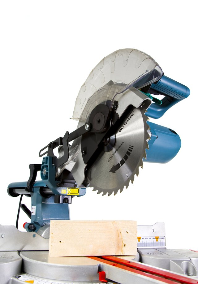 How to cut crown molding with a compound miter saw hunker mitre saw greentooth Images