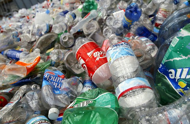 Bottled Water Craze Outpaces Recycling Efforts