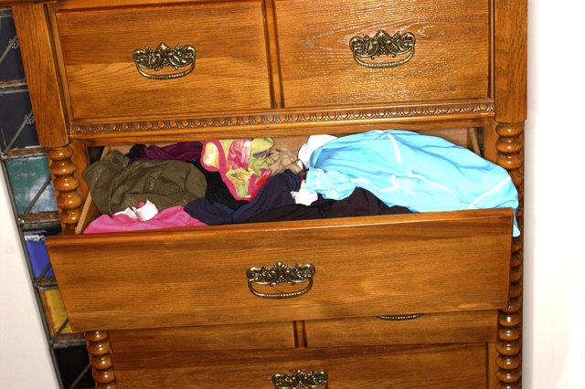 Musty Smell In Clothes In The Dresser Drawer Hunker