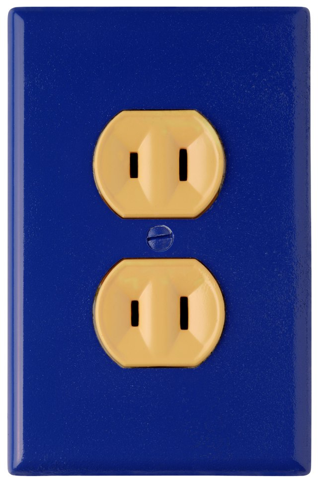 Signs Of Electrical Outlet Problems: Signs 6 Symptoms of a Poor Ground in an Electrical System in a rh:hunker.com,Design