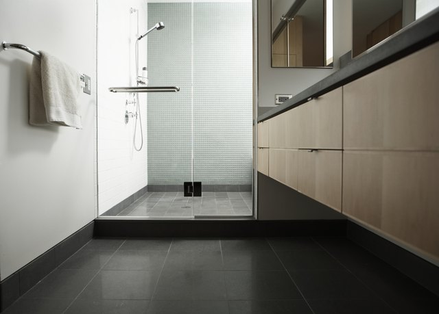 Shower Stall With Gl Door In Domestic Bathroom