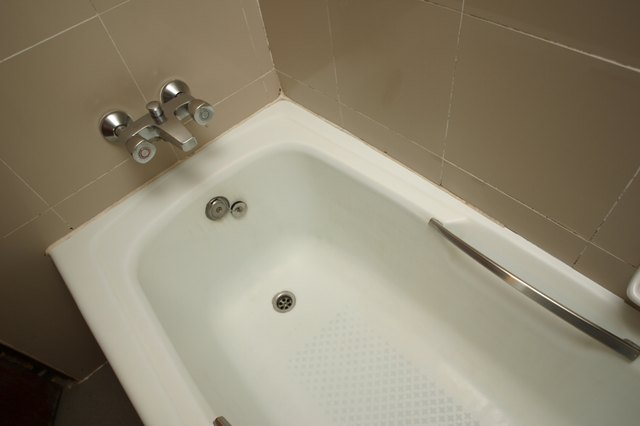 Bathtub in home