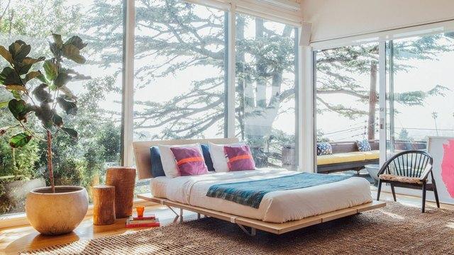 furniture startup