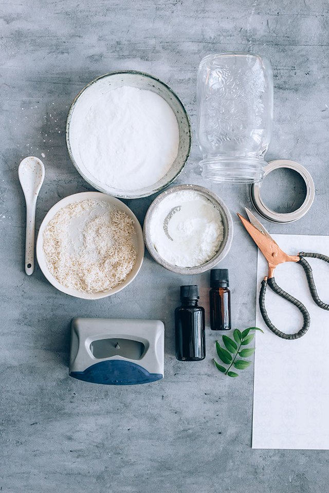 Ingredients needed for baking soda carpet refresher