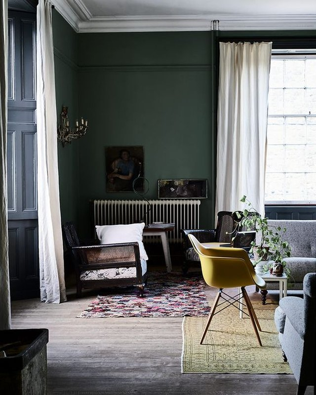 13 English Country Living Room Ideas | Hunker