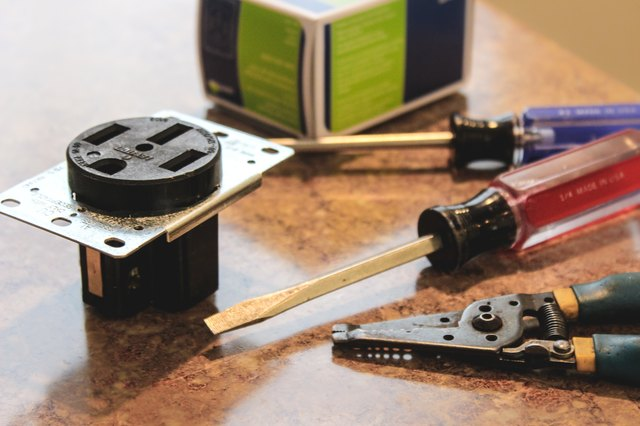 How to Wire a 230-Volt Electrical Outlet | Hunker