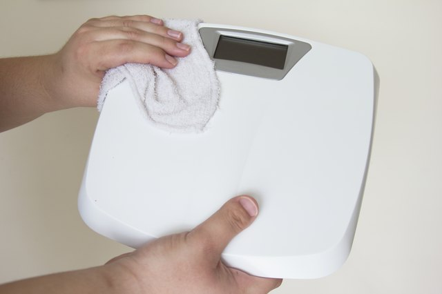 How To Fix A Digital Scale Hunker - How to calibrate a bathroom scale