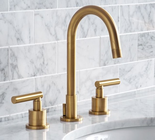 Brass arched faucet