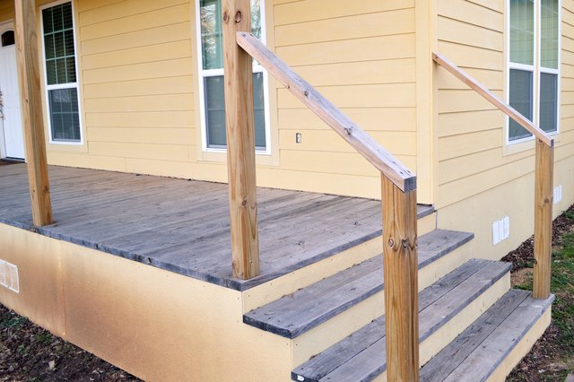 Do it yourself exterior stair railing hunker do it yourself builders will experience the most success in building a handrail out of a wood product rather than metal or plastic solutioingenieria Image collections