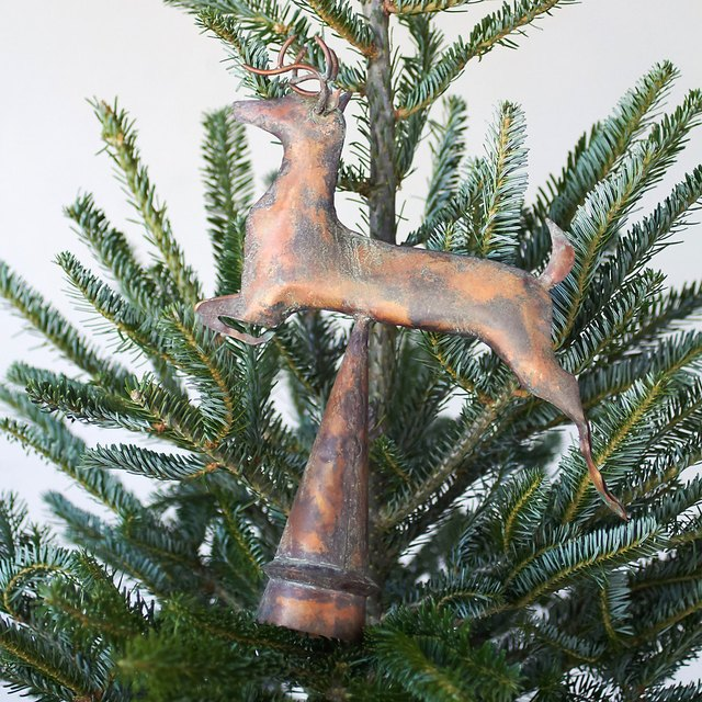 stag tree topper