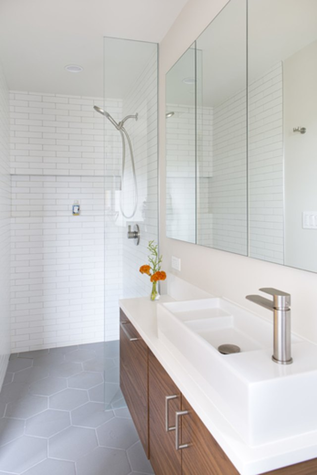 12 Inspiring Walk-In Showers for Small Bathrooms | Hunker