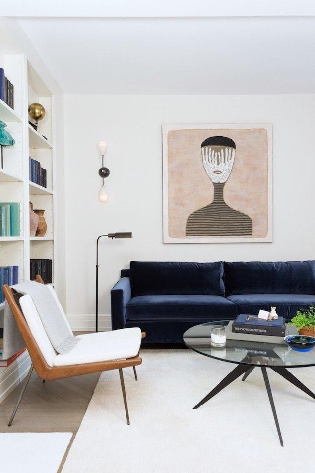 blue-sofa-white-decor