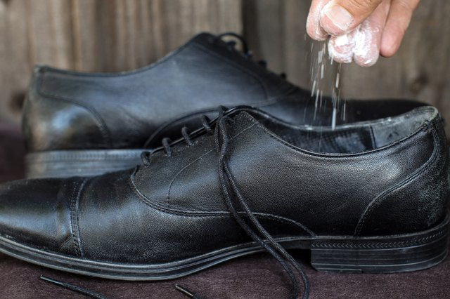 Sprinkle The Insides Of Your Flats Or Shoes With Baking Soda After Each Wearing To Deodorize Them Spray Inside A Shoe Disinfectant