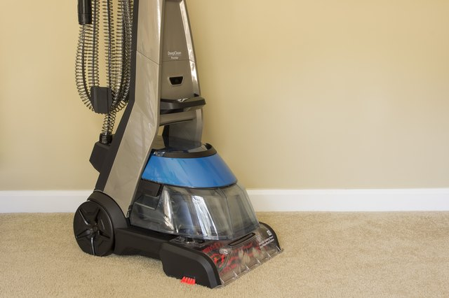how to make homemade cleaner for carpet cleaning machines hunker. Black Bedroom Furniture Sets. Home Design Ideas