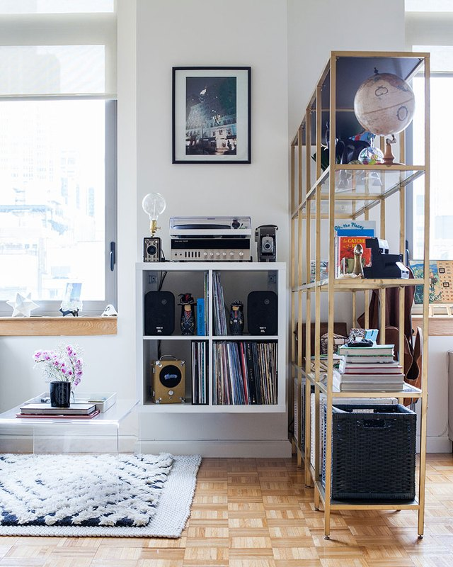 9 Ways to Create Divisions If You Live in a Studio Apartment | Hunker