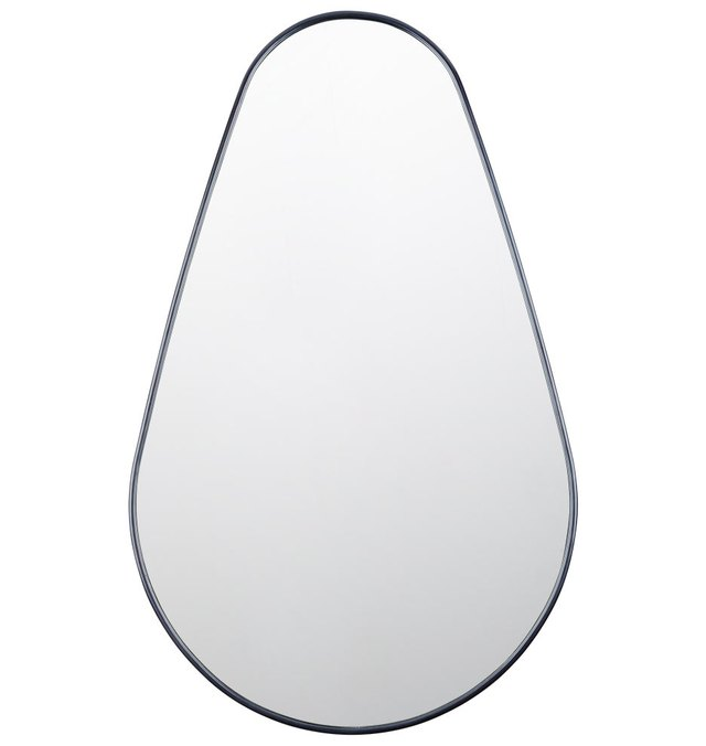 Egg-shaped mirror