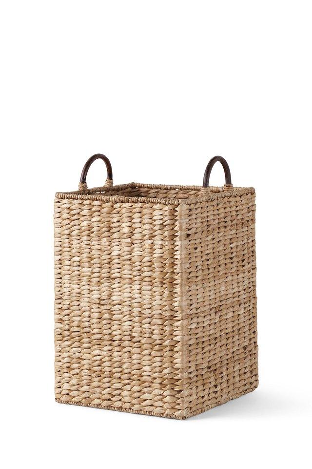 Seagrass woven storage bin