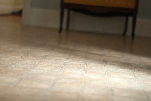 How To Remove Stains From Linoleum Hunker - Linoleum floor stain removal