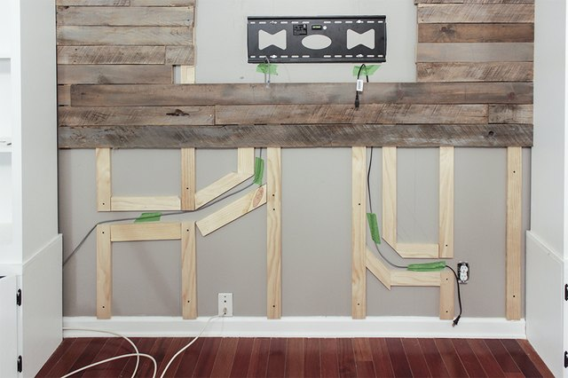 How To Create A Wood Pallet Accent Wall