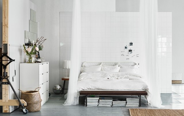 13 budget friendly decor ideas for studio apartments hunker