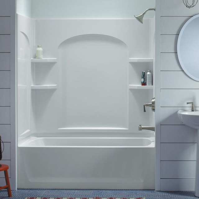 6 Enviable Bathtub Surround Ideas