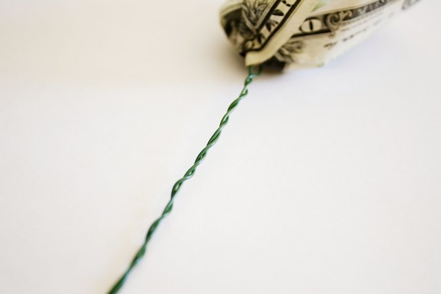 how to make a flower out of one dollar bill