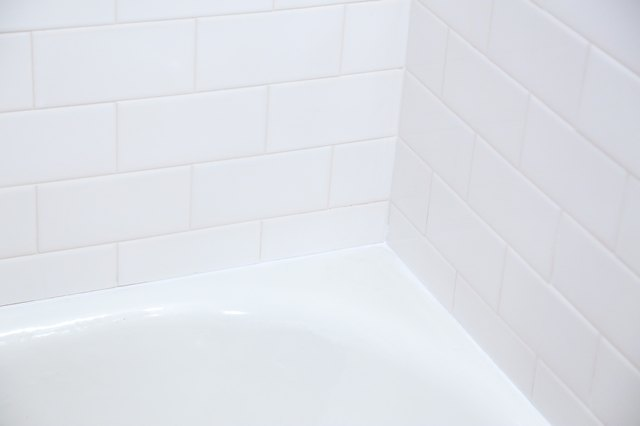 How To Remove Mildew Molded Caulk From Your Bathtub Hunker - Bathtub mildew removal