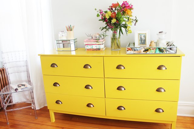 Proper placement for drawer pulls