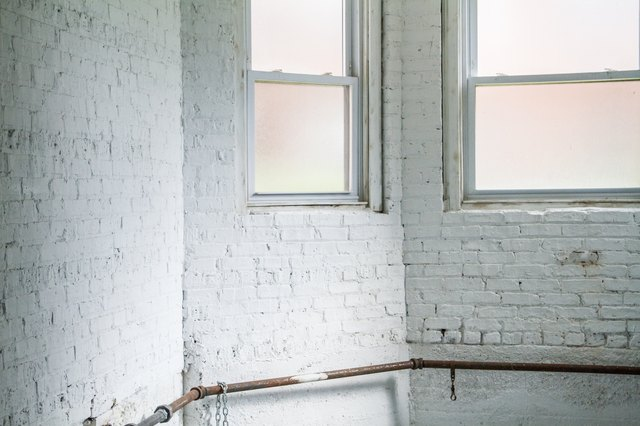 how to clean mold off walls