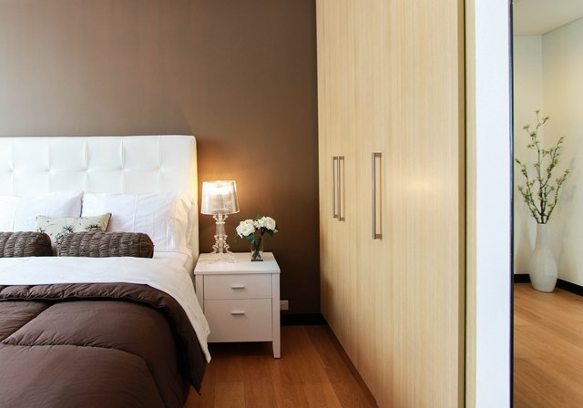Bedroom setting with headboard and nightstand