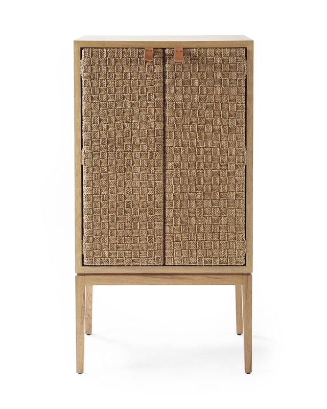 Charmant Bar Cabinet