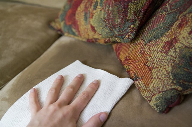 how to get stains out of polyester couch