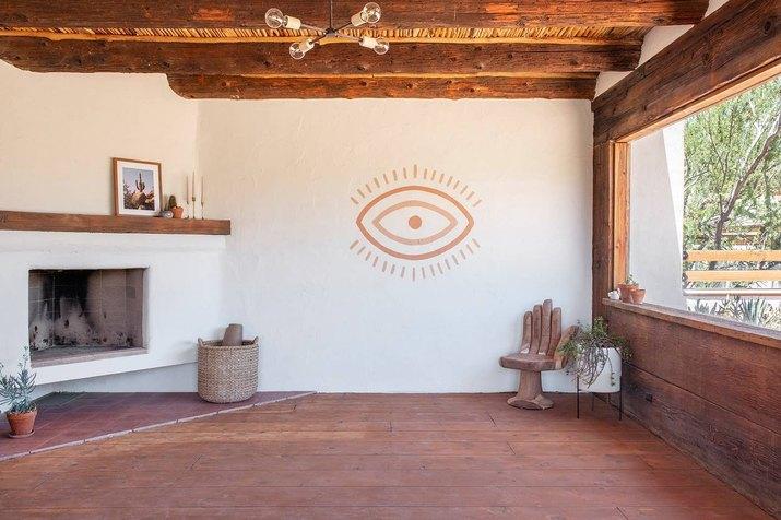 Posada by Joshua Tree House yoga room