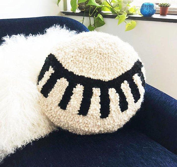 Eyelash Pillow