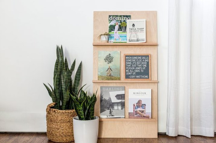 Simple freestanding plywood magazine rack