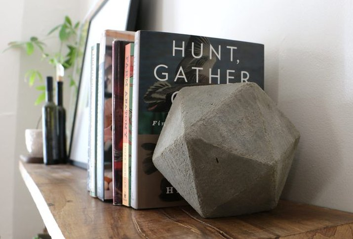 Geometric bookends made from concrete