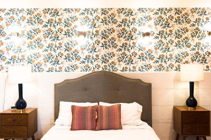 The master bedroom in Hotel Kim Sing
