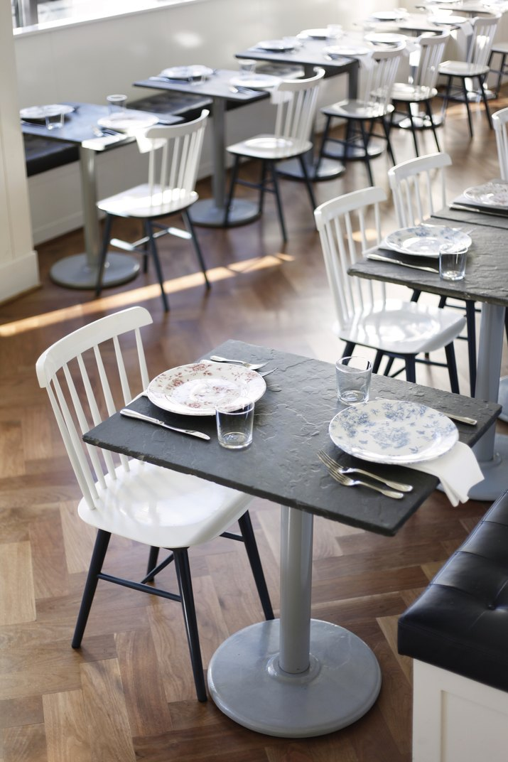 Bateau dining chairs.