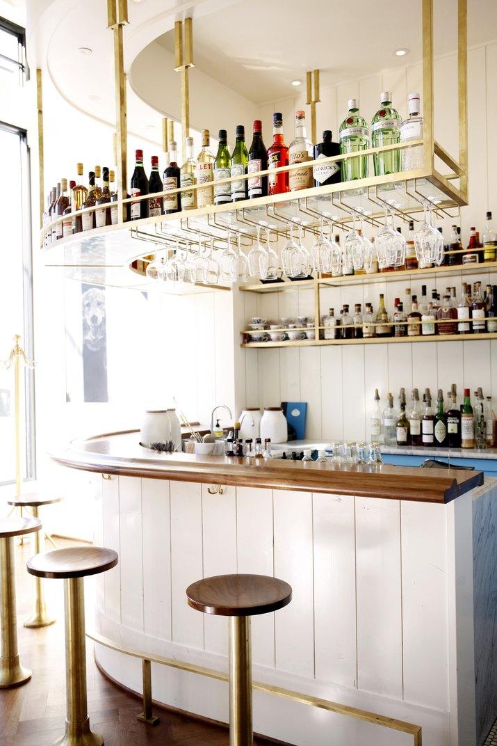 Bateau bar.