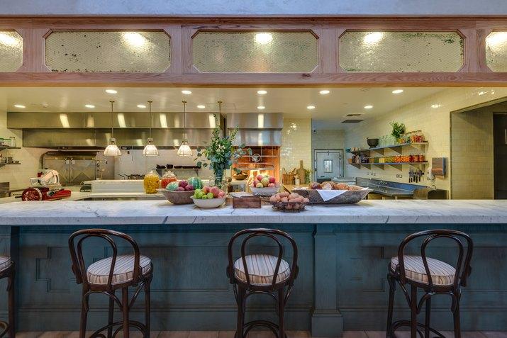 Manuela kitchen and bar seating.