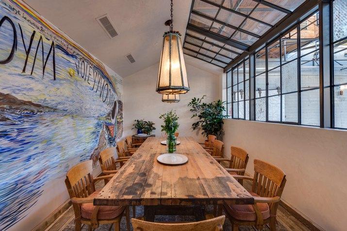 Manuela private dining room.