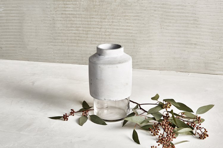 Menu Willmann Vase, $99.95