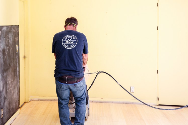 Bona certified craftsman redoes the floors