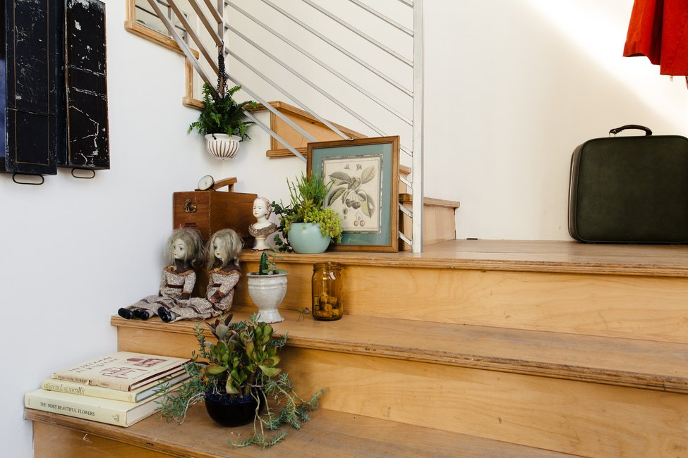 wood stairs with knick-knacks
