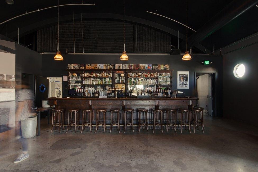 Zebulon bar